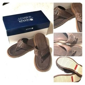 NWT Sperry Top-sider Capitola Woven Leather Thong